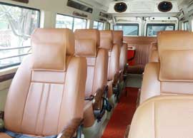 11+1 seater deluxe 1x1 tempo traveller