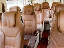 12 seater tempo traveller rental in dlehi