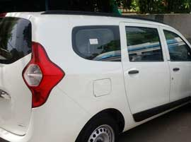 7 seater renault lodgy car hire delhi