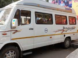 12 seater 2x1 tempo travels
