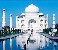 agra tour package by tempo traveller