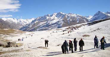 delhi to manali tour by tempo traveller