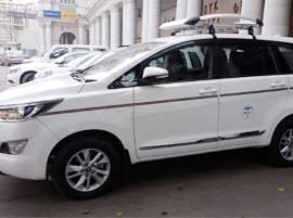 8 seater innova crysta car hire delhi