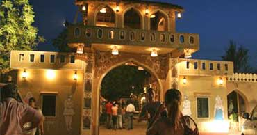 delhi to chokhi dhani tour by tempo traveller